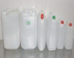 Nước bổ sung khi dung dịch bình ắc quy bị hao , bị cạn.