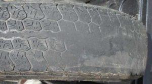 Lốp ô tô mòn một khoảng do phanh gấp