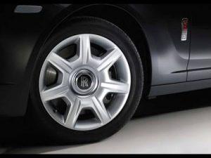 chức năng của lốp ô tô chịu mọi trọng tải của xe