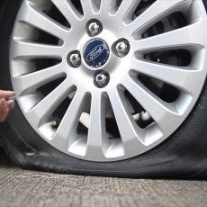 Vá lốp ô tô không săm chất lượng, giá cạnh tranh tại Hà Nội